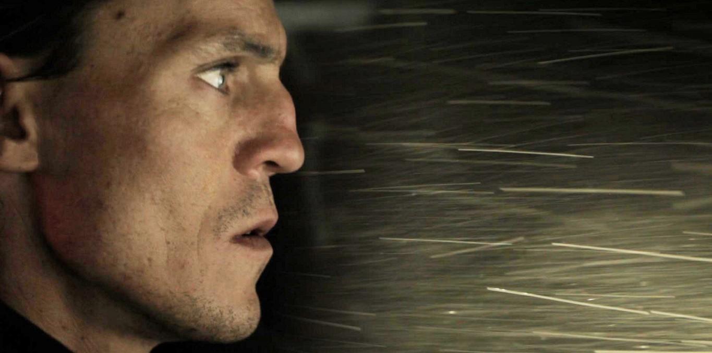 Couverture du film Suspendu à la nuit